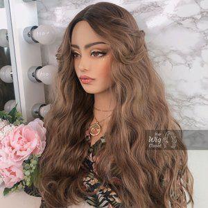 Honey Blonde Ombre Wavy Wig   Kiara